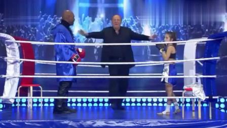 感动!52岁泰森被小女孩打跪在擂台之上!拳迷:越老越善的拳王!