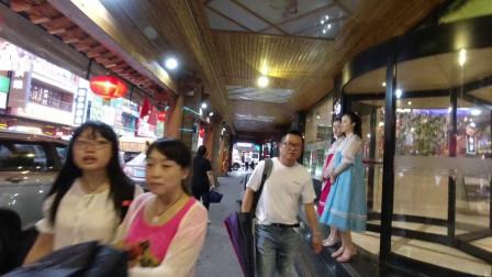 探访东北第一韩国街,烤肉冷面还没吃,就被朝鲜族姑娘拉进店