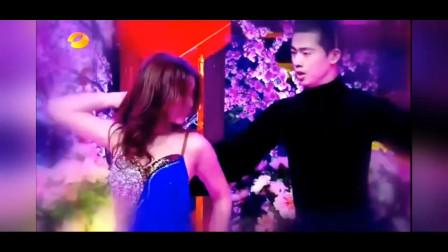 柳岩上综艺节目《天天向上》跳性感拉丁舞,或柔情或火辣,带你了解不一样的柳岩!