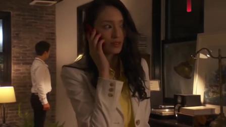 """妻子趁着丈夫上班去幽会,正准备进一步,突然来的电话直接""""泼冷水""""了"""