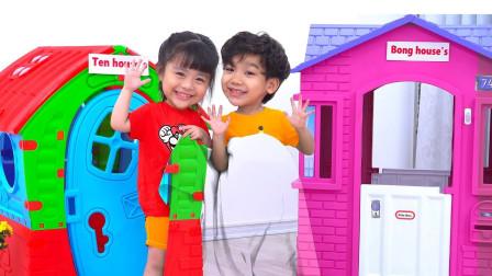 超好玩!萌宝小萝莉跟小正太在箱子里发现了什么?趣味玩具故事