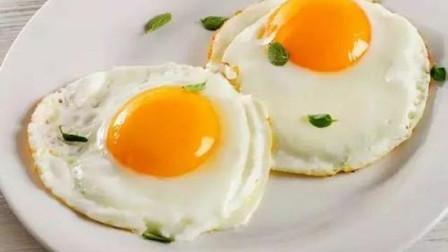 煎鸡蛋时,不可直接下锅!多加一步,蓬松宣软超好吃!上桌就抢光
