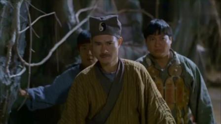 香港经典僵尸片,林正英和徒弟们联手大战巫师,英叔巅峰作品之一