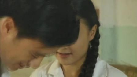 美女还要老公喂吃的:你眼睛不好,那你吻我的时候却不见你出错过