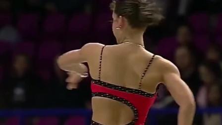 女子花样滑冰大赛:国外女选手优美的转圈姿势,实在太佩服了