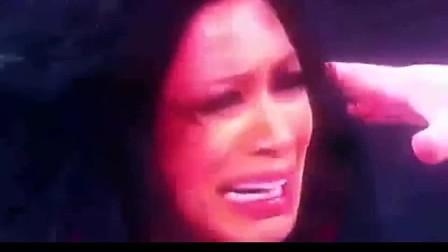 wwe职业摔跤 WWE美国职业摔角 女子 致敬那些被打成重伤的女人们WW