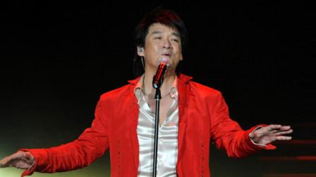 周华健现场演唱《用心良苦》,不愧是情歌王子,唱得太动人了!