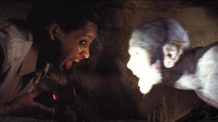【暴影君】5分钟看完英国恐怖片《黑暗侵袭2》