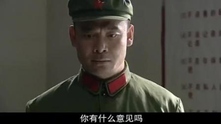 老战友升官,在连长面前显摆,没想到连长升的官比他的还要大