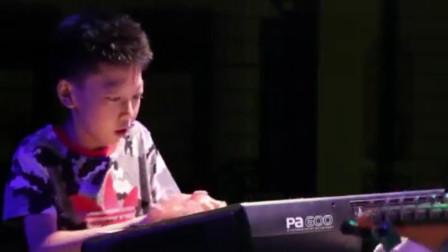 13岁男孩灵魂solo爵士钢琴