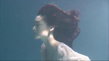 花开半夏:李沁自杀林申舍命相救,两人水下拥吻浪漫至极