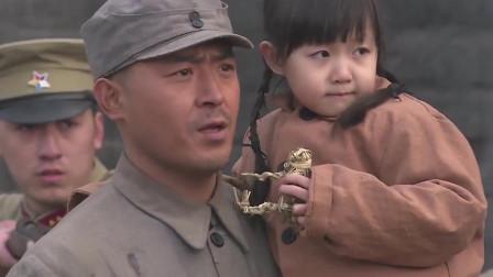 """中国军人给日本""""送""""女孩,对方百般感谢!"""