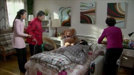 家庭片:女儿一回家就在床上睡一天,谁料女儿竟是生命垂危了
