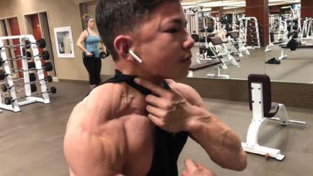 """15岁少年练出无敌肌肉,体脂率仅5%,浑身都是""""钢筋铁骨""""!"""
