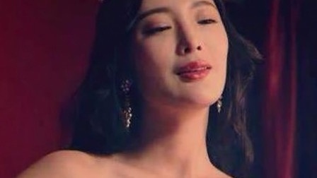 王李丹妮被人搜身,身份暴露了?