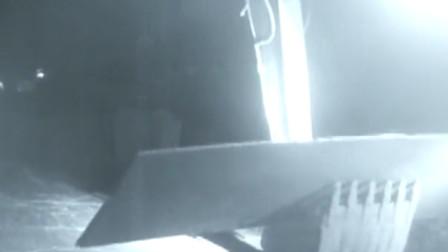 """""""挖掘机盗窃""""技术强 团伙盗走14吨铺路钢板"""