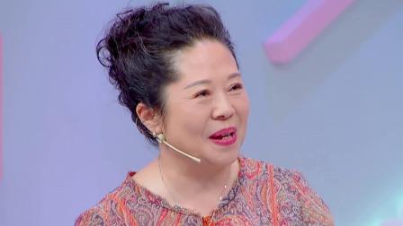 """""""热搜体""""杨迪妈妈做客花花万物"""