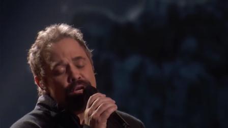 国外达人秀:男中音唱歌真的太好听了,耳朵要怀孕啦