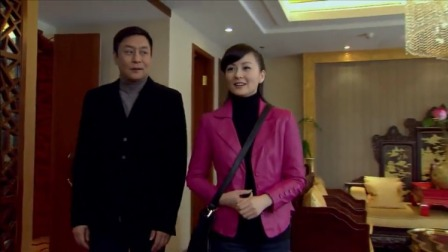 家庭剧:美女跟土豪去酒店见家长,怎料一打开门人当场都看懵了!