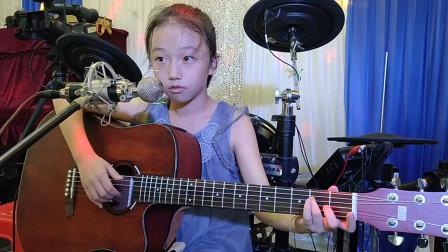 严梓涵同学学习吉他视频《兰花草》