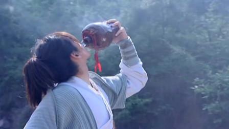 仙剑:导演让胡歌随意发挥,随手一个动作,却成为不可复制的经典!