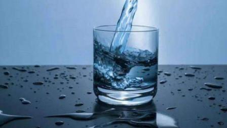 烧开的自来水和桶装水究竟哪个更健康一些呢?这里告诉你结果!