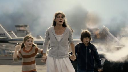 4分钟看完电影《2012》,拯救人类的三艘诺亚方舟,都是中国制造