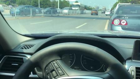 侧方位出库,如何判断车头距离不刮蹭,驾校一般都不说