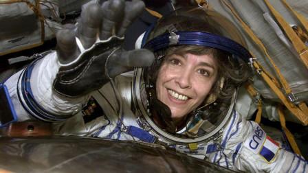 女性宇航员在太空里,身上生理期到了怎么办?看完让人心疼