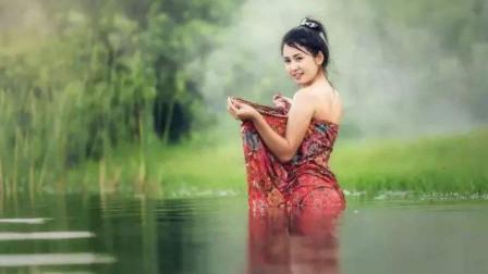 为什么缅甸女人喜欢筒裙?当美女把筒裙脱下后,没想到里面穿的是这个?