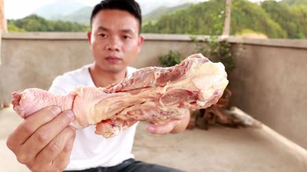 让天津人着魔的鸡架骨,做成火锅果然吃货们的嘴是最刁的!