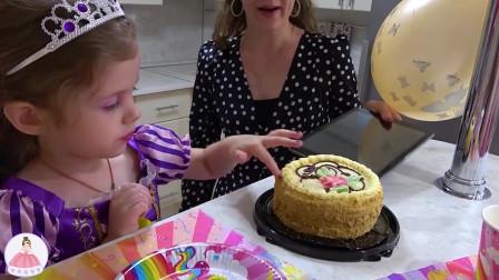 萌宝趣事!小萝莉做了个美梦,梦见妈妈给自己做了好吃的蛋糕!