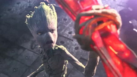 小树人格鲁特太够朋友了居然用自己的小树枝帮雷神打造雷神斧