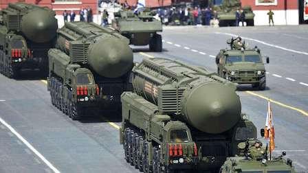6千枚核弹全部启封,普京下令20万大军进入战备,不怕打一场核战