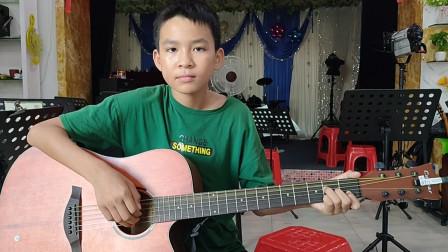李向杰同学学习吉他视频《兰花草》