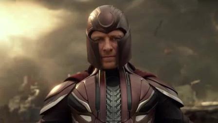 X战警:万磁王攻击天启,钢铁就跟不要钱一样,拼命往天启身上砸