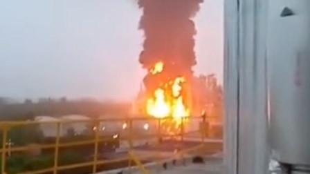 安徽来安县一公司双氧水装置着火:明火已被扑灭 无人员伤亡