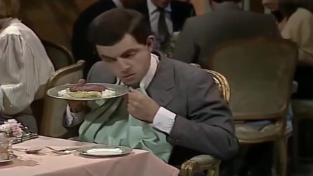 憨豆先生:憨豆高级餐厅过生日,自己给自己写贺卡,还装作是别人送的