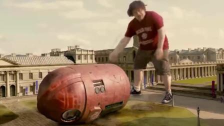格列佛游记-格列佛大战小人国变形金刚,格列佛一击打成小胶囊!