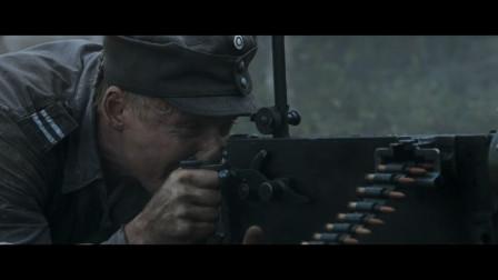 影视:马克沁重机枪火力强悍,丛林作战优势突出,火力压制的利器