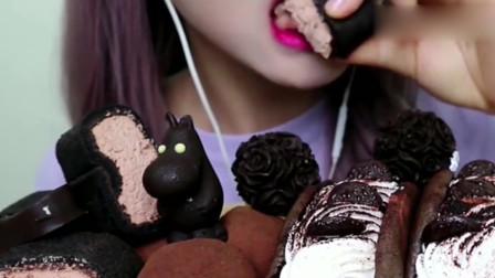 美女吃巧克力麻薯蛋糕卷,软绵香甜,口感超级赞呀!