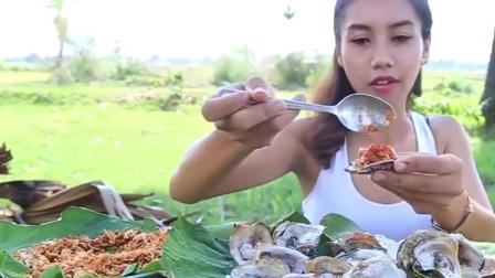 韩国农村妈妈做秘制鸡腿,爸爸不在家,和儿子吃的真香