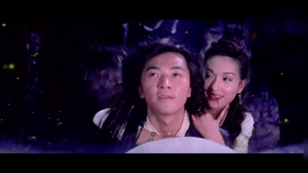 """郑伊健带小师妹看萤火虫,响起""""虫儿飞""""这段实在太浪漫了"""