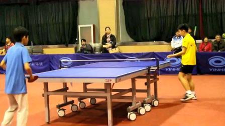 乒乓球技巧训练:把鞋子都打掉了!这得多努力啊!