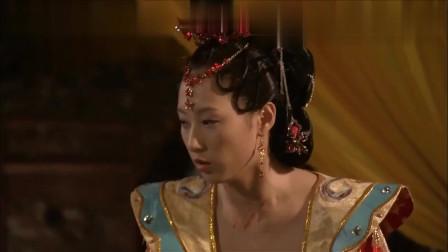 皇上刚刚驾崩,太妃欲杀了太子带兵造反,不料结局却出乎意料!