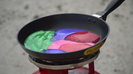 把水晶泥放在平底锅加热,看到最后的结果,老外真会玩