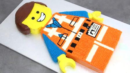 第一眼就被这两个乐高玩具吸引了!原来是牛人做的创意蛋糕,厉害