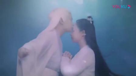 《天乩之白蛇传说》白夭夭在水里遇见许宣, 这到底是什么神仙爱情