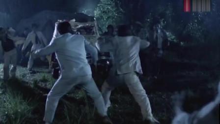 """小生怕怕:这""""豪华跑车""""有点厉害啊,鬼王都被他们撞扁了"""