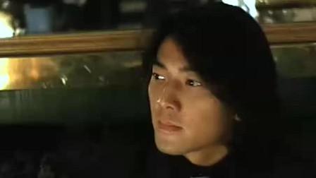 当然郑伊健真是太帅了,难怪舒淇看了都花痴!